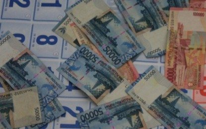 bank Dianggap Sebagai Dewa (seminar Bisnis Kpmi Sby Ahad 27 April)