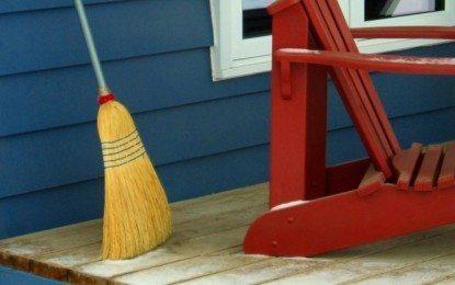 Meneladani Cara Kerja Seorang Cleaning Service Bernama Ci'i (bagian 2)