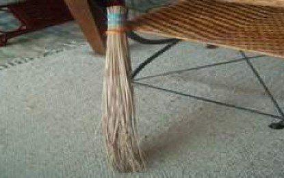 Meneladani Cara Kerja Seorang Cleaning Service Bernama Ci'i (bagian 5)