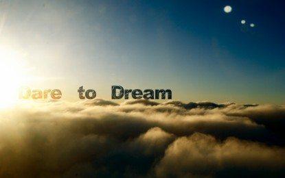 Merajut Mimpi Mengukir Asa
