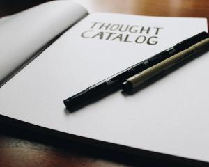 Tanya Jawab: Hukum Menjual Barang Di Katalog