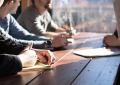 Membangun Kepercayaan Dan Mengembangkan Hubungan Dengan Klien Dan Karyawan